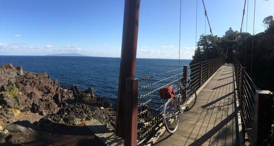 城ヶ崎灯台の吊り橋