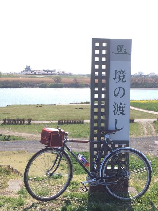 境の渡し。対岸に関宿城