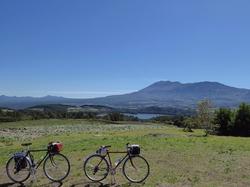 つまごいパノラマライン 愛妻の丘から田代湖と浅間山