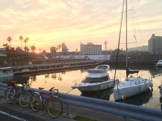鴨川港の夕焼け