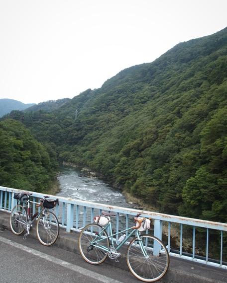 阿賀野川の渓谷